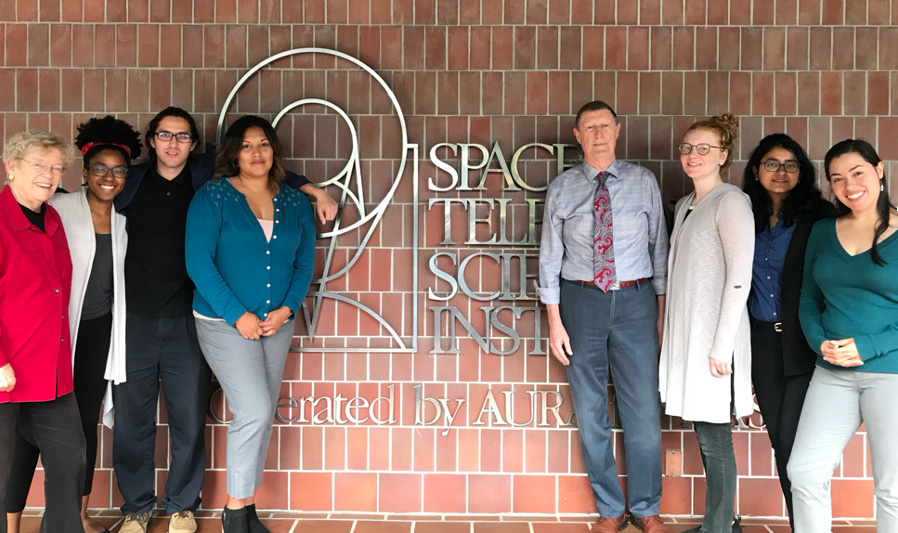 UCSC OLP Students at STScI